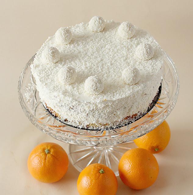 Tort Rafaello z pomarańczą.